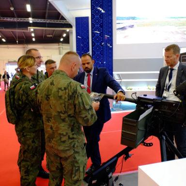 WP poznaje parametry techniczne nowoczesnego uzbrojenia